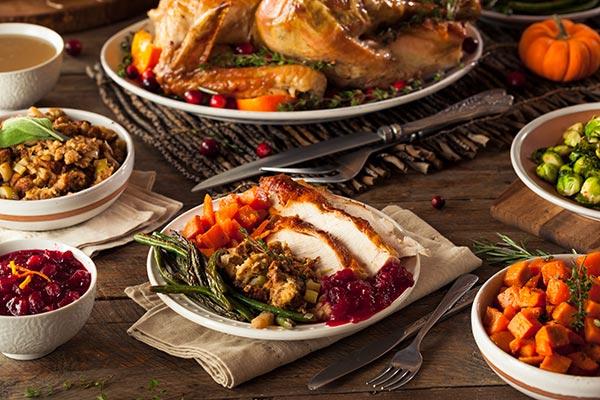 Christmas-Dinner-for-Four