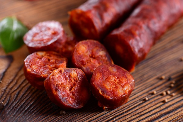 chorizo-sausage-picture-id1002482318