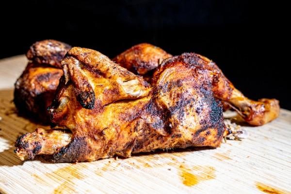 grilled-chicken-halfs-picture-id1211023877